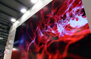 Experience and Professionalism  Videowalls: stunning modular maxi screens